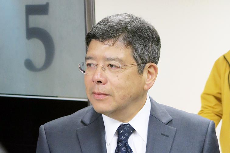 Secretary for transport and public works mr raimundo rosario